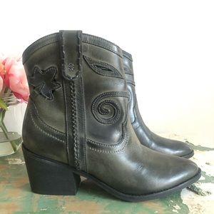 NEW CARLOS SANTANA Austin Ankle Cowboy Boots